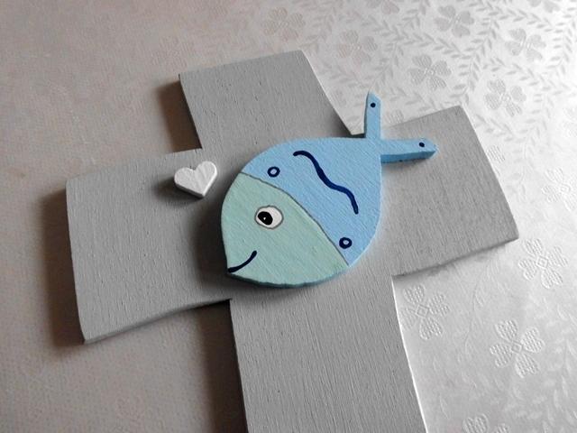 Kleinesbild - Taufkreuz Kreuz mit niedlichem 3D Fisch Taufe Kommunion NurVonMir ♡