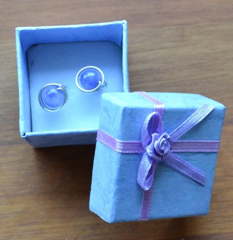 Kleinesbild - Agathes Earrings, white pearls earrings