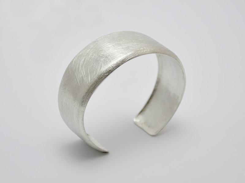 Kleinesbild - Silber / Armreif -Pure- Ovaler Armreif aus 925er Silber