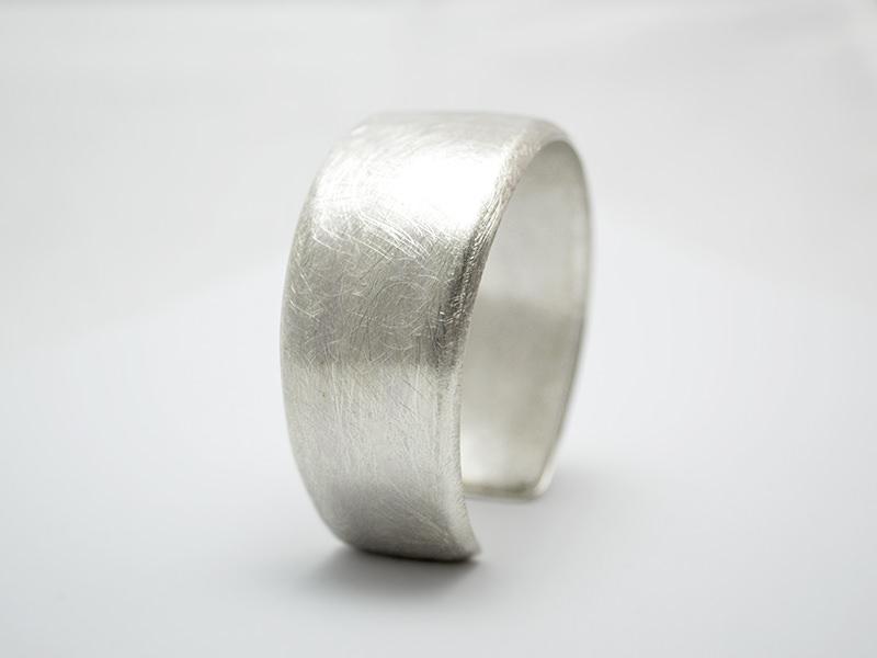 - Silber / Armreif -Pure- Ovaler Armreif aus 925er Silber - Silber / Armreif -Pure- Ovaler Armreif aus 925er Silber