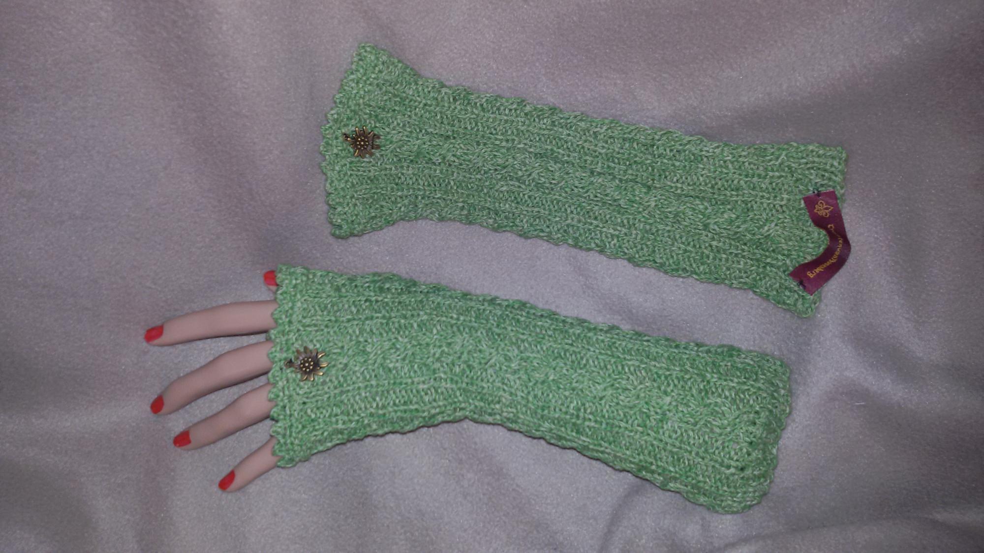 - Armstulpen Trachten grün - Armstulpen Trachten grün