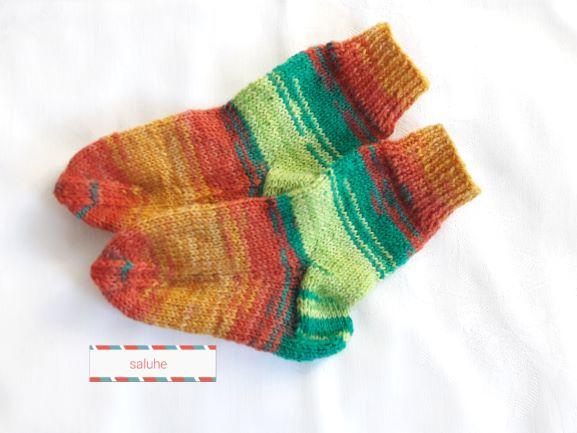 - Wollsocken in Größe 22/23 handgestrickt verschiedene braunen und grünen Farbtöne für Mädchen und Jungen - Wollsocken in Größe 22/23 handgestrickt verschiedene braunen und grünen Farbtöne für Mädchen und Jungen