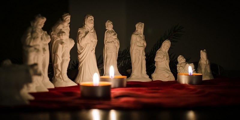 Kleinesbild - Kleine Krippenfiguren aus Gips 12 Teile