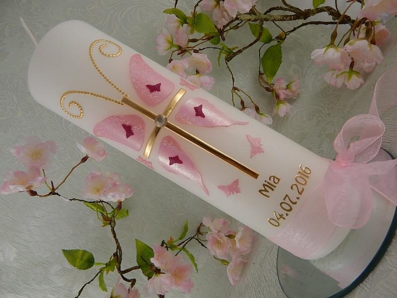 Kleinesbild - Taufkerze Kommunionkerze Kreuz Schmetterling rosa gold Mädchen mit Name und Datum