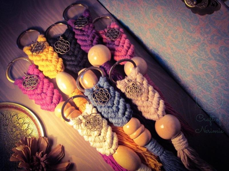 Kleinesbild - Makramee Schlüsselanhänger Gelb Samen des Lebens Blume Des Lebens Holzperle Boho Hippie Psytrance Goa Yoga Spirituell Tasche Accessoires Bronze Baumwollseil Handtasche Anhänger