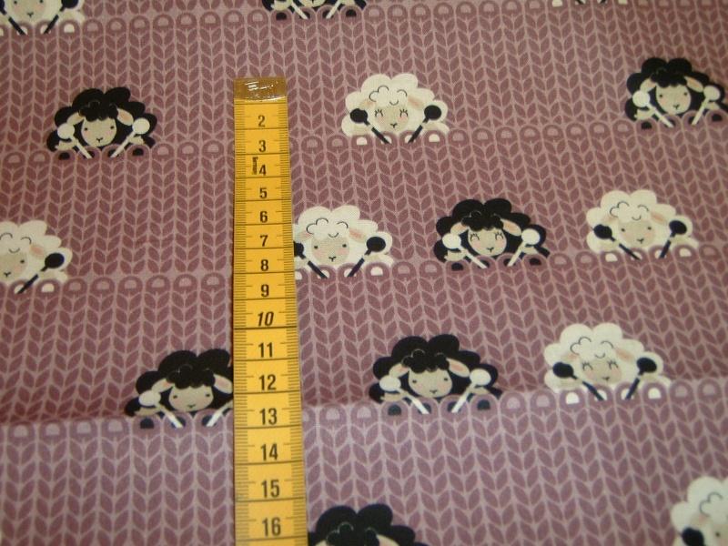 Kleinesbild - Schafe Stricken Wolle Strickschafe Stricknadel crafty critters Baumwolle Patchworkstoff 50x110 cm