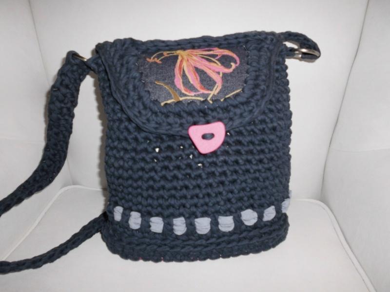 Taschen : Handtasche Mobag *Jeans Flowers* by MoRe blau, gehäkelt ...