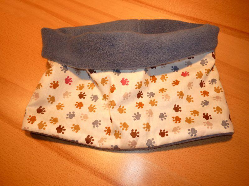 Kleinesbild - Kinderloop mit Tierpfötchen ~ Schlauchschal mit Fleece ~ Wendeschal aus Baumwollstoff genäht kaufen