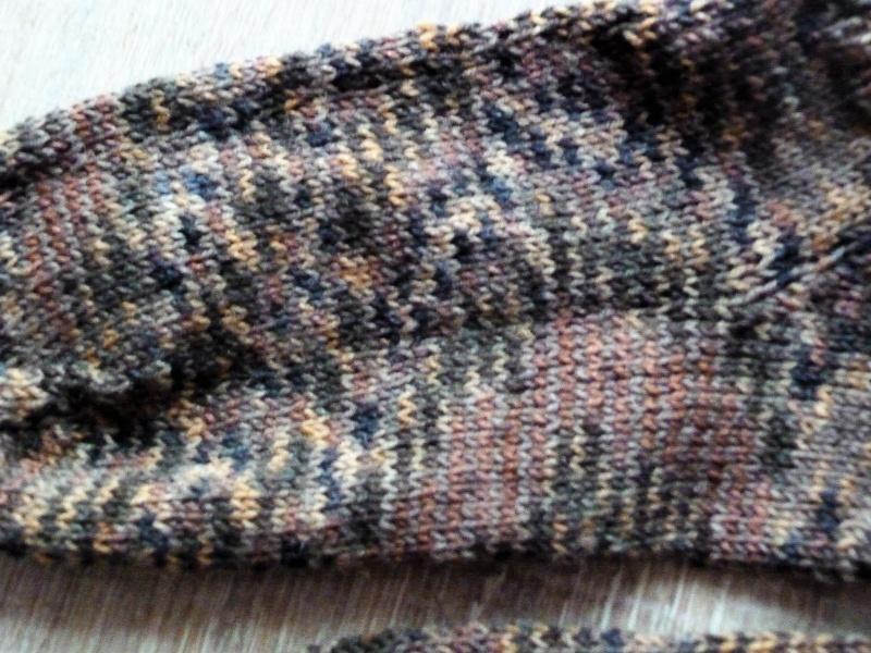 Kleinesbild - Socken ~ Strümpfe handgestrickt aus Schurwolle in brau meliert kaufen ~ Kuschelsocken ~ warme Füße