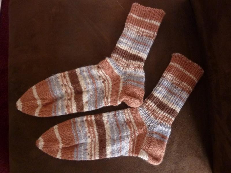 - Socken handgestrickt aus Schurwolle mit Viskose kaufen ~ gestreifte Strümpfe ~ Kuschelsocken ~ warme Füße - Socken handgestrickt aus Schurwolle mit Viskose kaufen ~ gestreifte Strümpfe ~ Kuschelsocken ~ warme Füße