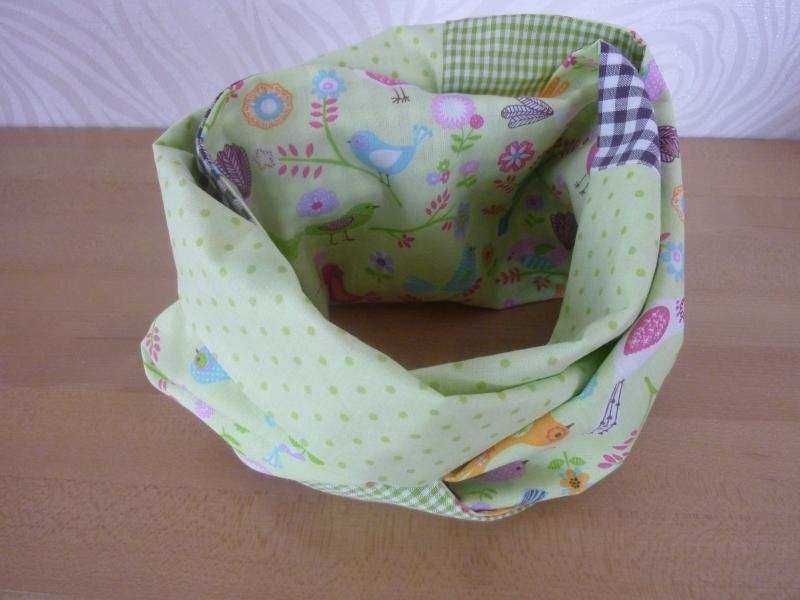 Kleinesbild - Schlauchschal für Kinder ~ * ~ Loop  aus Baumwollstoffen genäht kaufen~ *~ Vogelmotive ~ Karo ~ Wendeschal