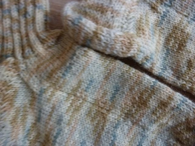 Kleinesbild - Socken, handgestrickt aus Schurwolle in cremeweiß kaufen~ Strümpfe ~ Kuschelsocken ~ *~ warme Füße ~