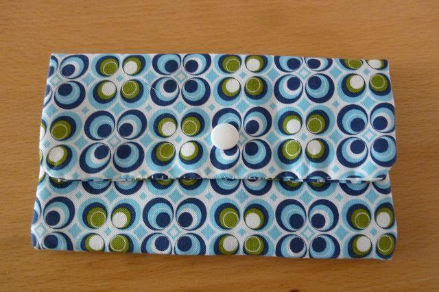 - Täschchen bzw. kleines Portemonnaie aus Baumwollstoff in blau-weiss mit  Blumenmuster genäht kaufen ~~*Tante Ema*~~ - Täschchen bzw. kleines Portemonnaie aus Baumwollstoff in blau-weiss mit  Blumenmuster genäht kaufen ~~*Tante Ema*~~