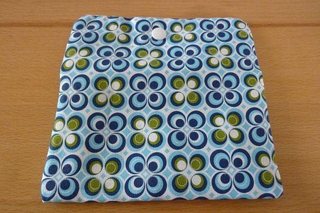 Kleinesbild - Täschchen bzw. kleines Portemonnaie aus Baumwollstoff in blau-weiss mit  Blumenmuster genäht kaufen ~~*Tante Ema*~~