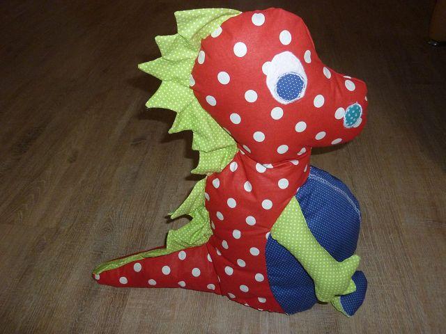 Kleinesbild - Großen bunten Drachen aus Baumwollstoffen genäht zum Schmusen und liebhaben kaufen ~~~Spielzeug~~~Geschenk~~~