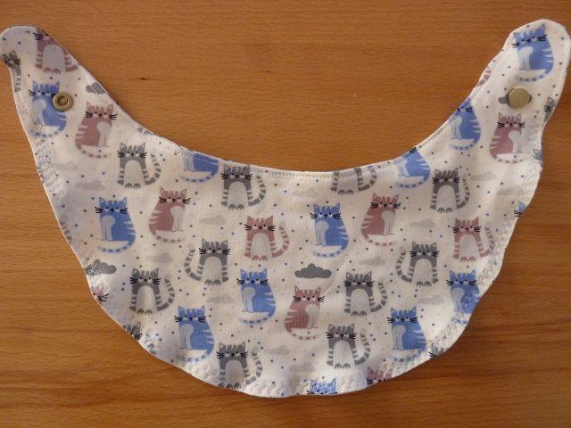 Kleinesbild - Wendehalstuch aus Baumwolljersey mit Katzen in grau - blau - altrosa genäht kaufen ~*~ mit Druckknopf ~