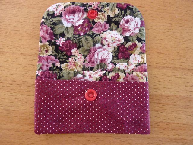 Kleinesbild - Täschchen bzw. kleines Portemonnaie aus Baumwollstoff mit Rosenmuster genäht kaufen