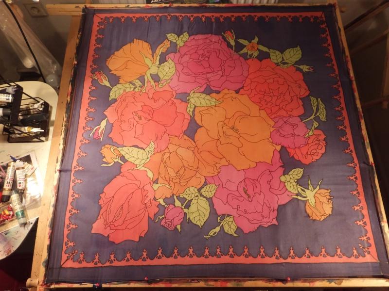 -  Seidentuch mit Rot, Orange und Pinkfarbenen Rosen -  Seidentuch mit Rot, Orange und Pinkfarbenen Rosen
