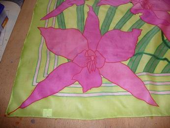 Kleinesbild - Seidentuch mit pinkfarbenen Orchideen in verschiedenen Größen