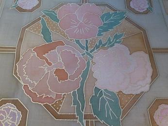 Kleinesbild - Seidentuch mit verschiedenen Blumen in warmen Erdtönen