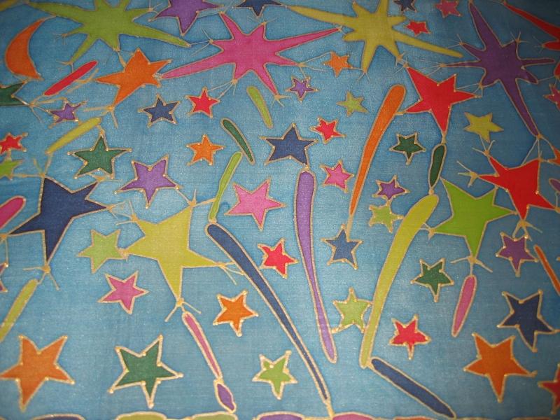 Kleinesbild - Seidentuch mit  buntem Feuerwerk und bunten Glühbirnen
