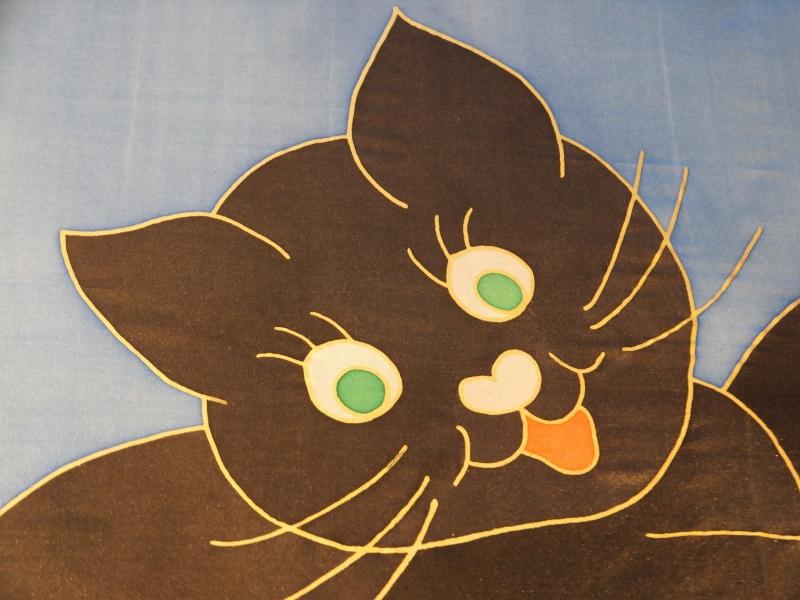 Kleinesbild - Seidentuch mit kleiner schwarzer spielender Katze