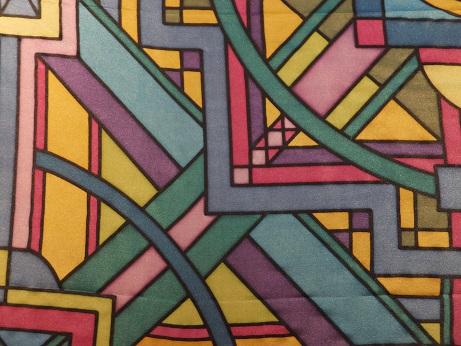 Kleinesbild - Seidentuch mit einem wirren bunten Muster aus Streifen, Kreisen und Vierecken
