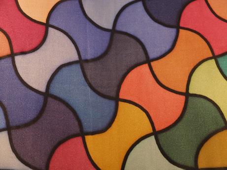 Kleinesbild - Seidentuch mit einem symetrischen Muster in verschiedenen Farben