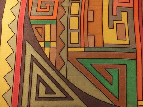 Kleinesbild -  Seidentuch mit verschiedenen Mustern im Ethnostil in Erdfarben
