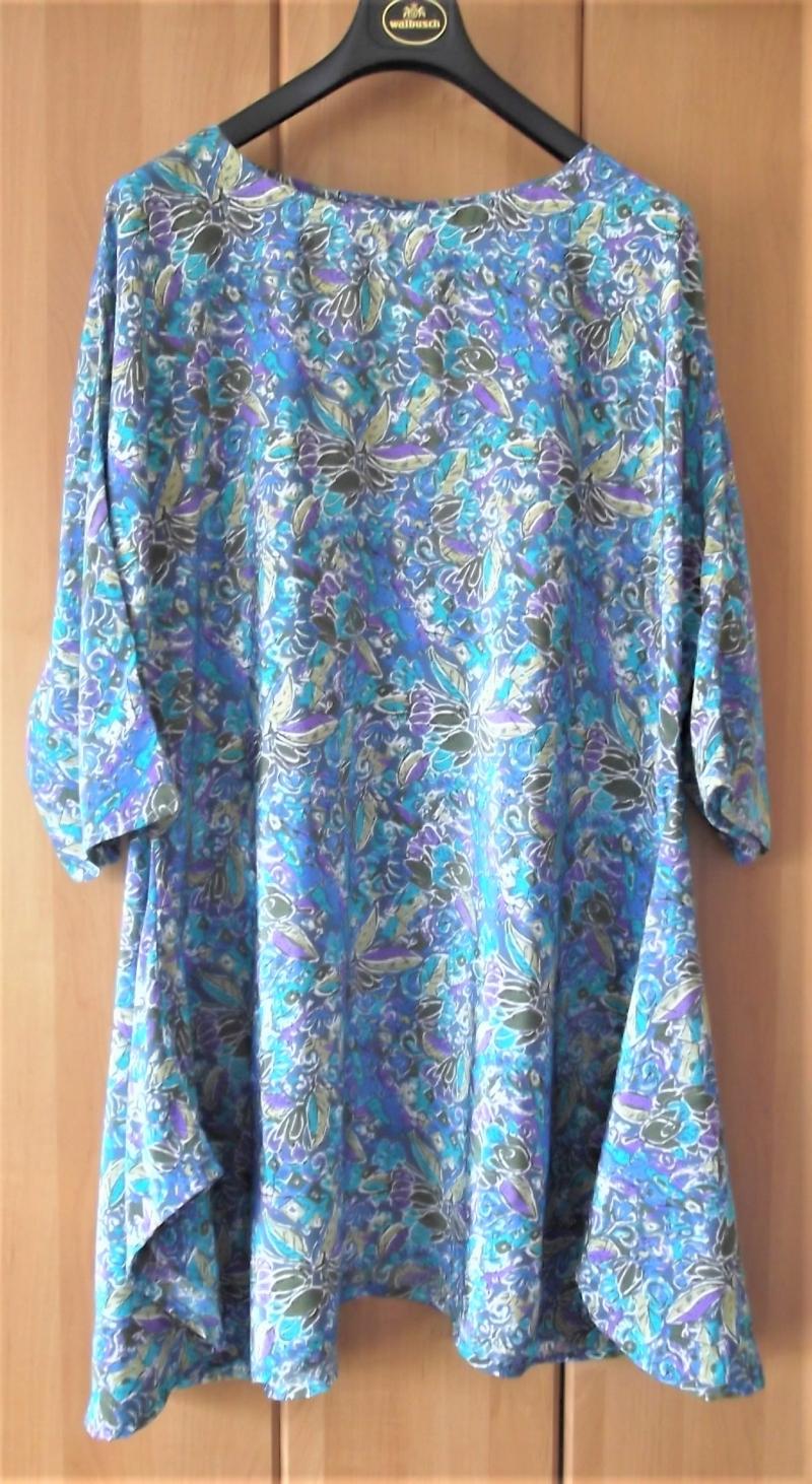 - Zipfellongshirt in XL Format in Blautönen - Zipfellongshirt in XL Format in Blautönen