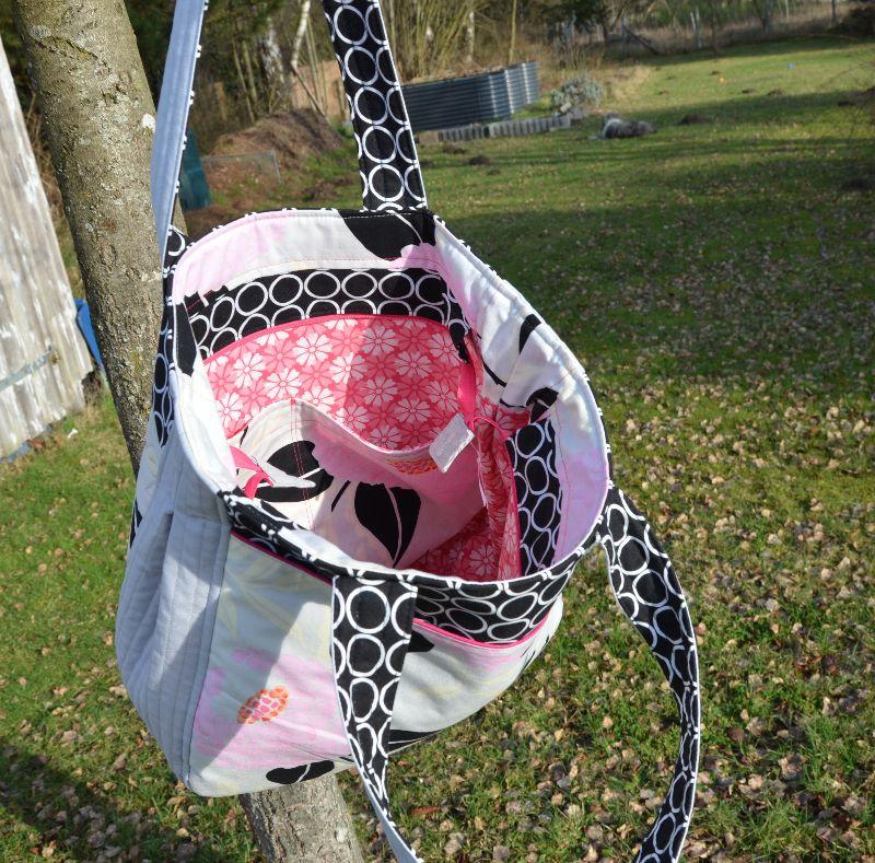 Kleinesbild - Schultertasche ★ graues Leinen ♥ rosa Blumen ★ mit Reißverschluss
