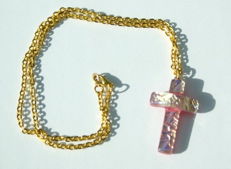 Kleinesbild - kleines KREUZ rosé-gold dichroitisches Glas Kette