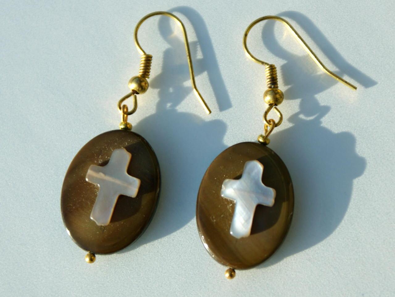 - Ohrhänger Perlmutt mit Kreuz - Ohrhänger Perlmutt mit Kreuz