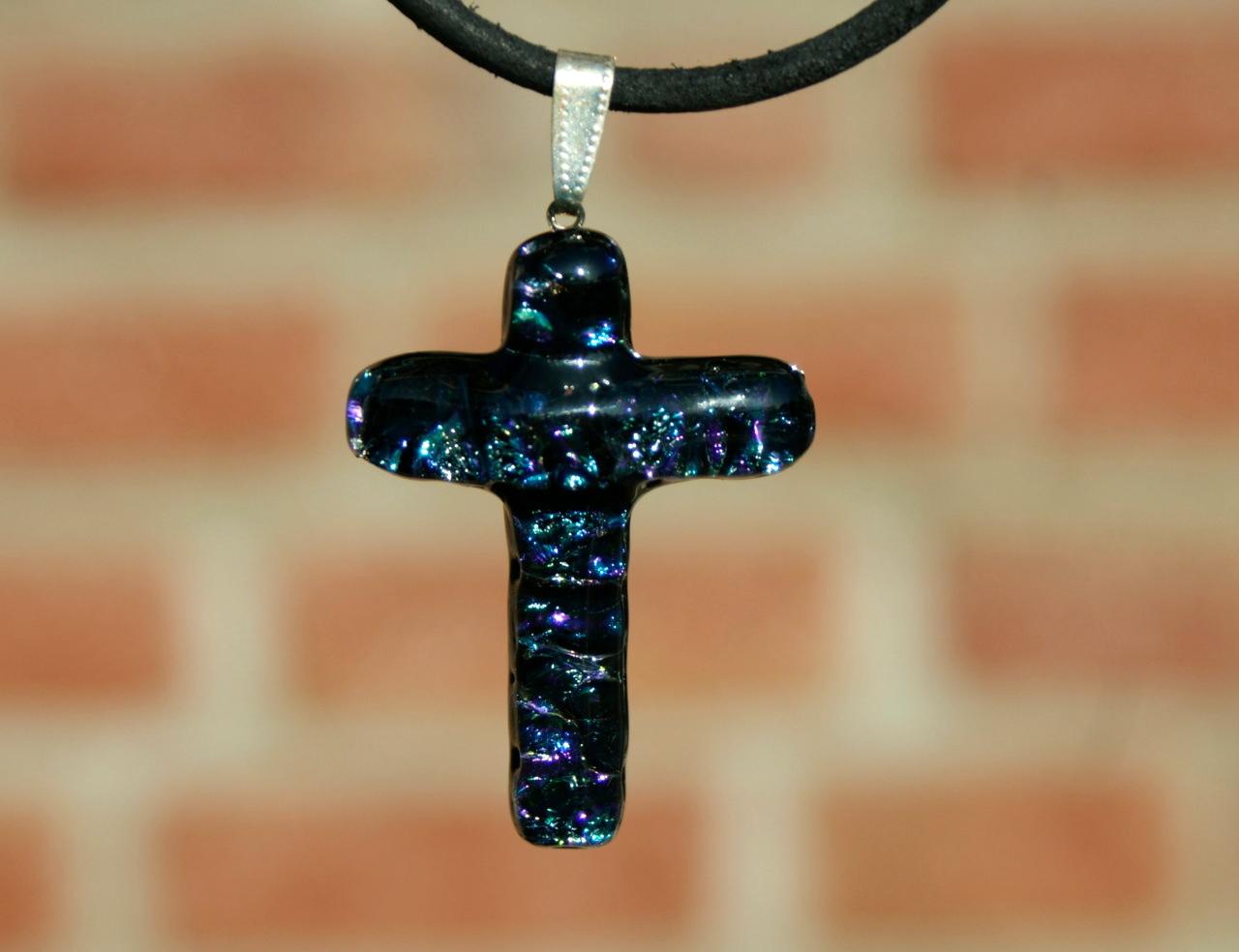Kleinesbild - Lederband Büffelleder großes KREUZ dichroitisches Glas dunkelblau Anhänger Geschenk christlich