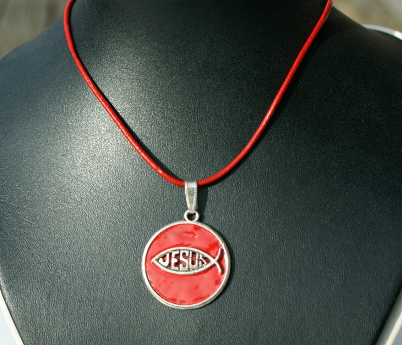 Kleinesbild - Anhänger Ichthys rot am Lederband Emaille Unikat christlich