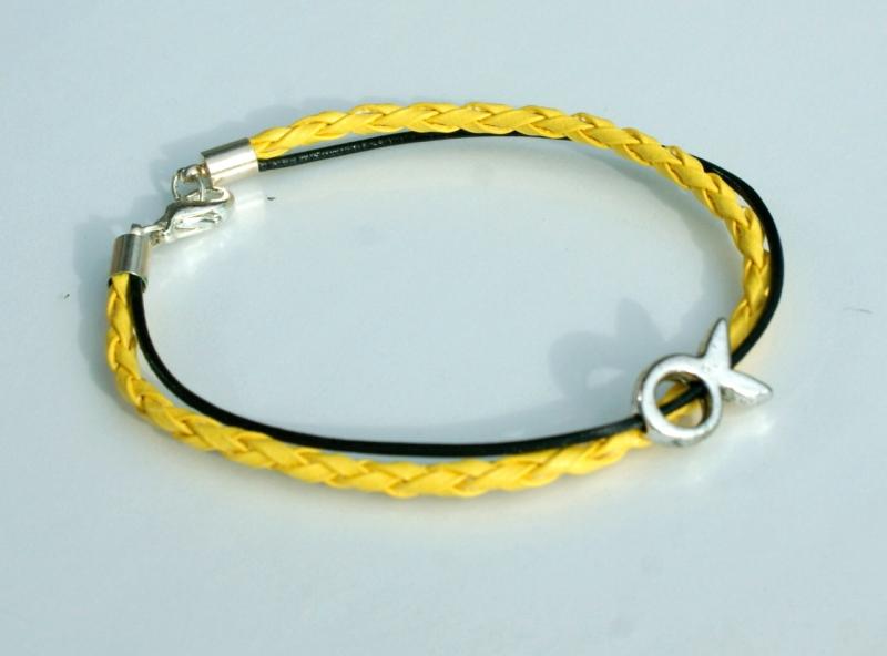 - schmales Armband mit kleinem Ichthys gelb-schwarz - schmales Armband mit kleinem Ichthys gelb-schwarz