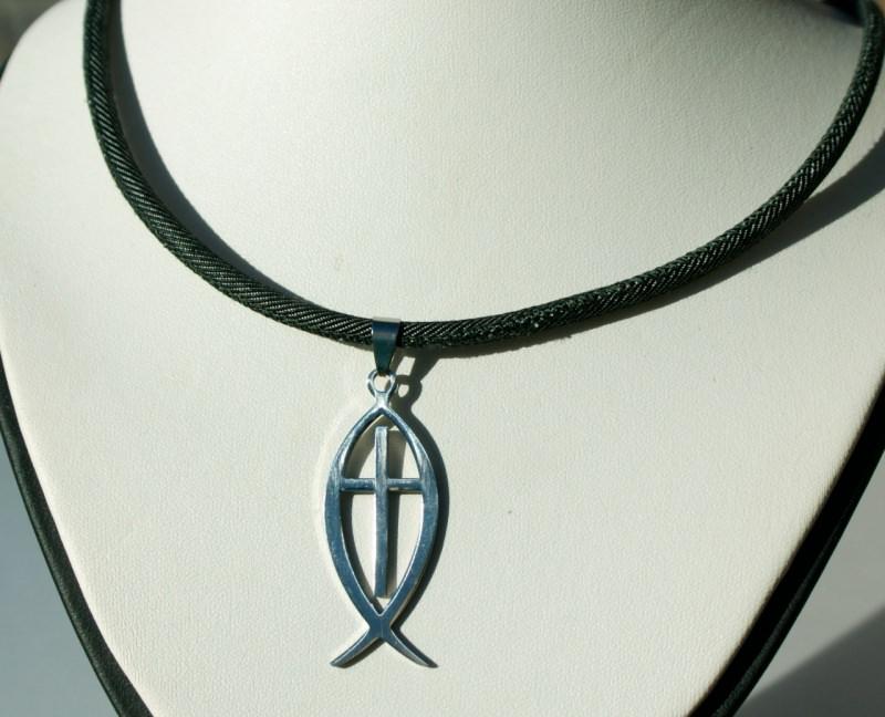 Kleinesbild - Halskette Männer ICHTHYS mit KREUZ Edelstahl Jeans