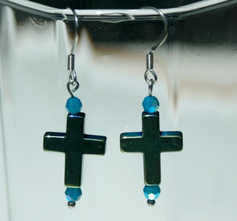 Kleinesbild - Ohrhänger Kreuz PETROL Hämatit Glas Edelstahl klein zierlich christlich