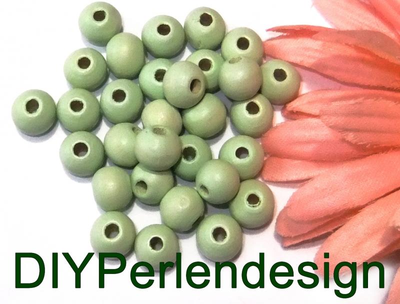 - 30 grüne Holzperlen, 8 mm     - 30 grüne Holzperlen, 8 mm
