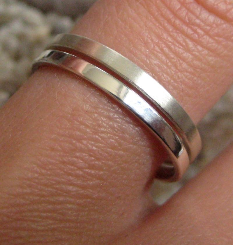 Kleinesbild - Silberringpaar zart und schlicht