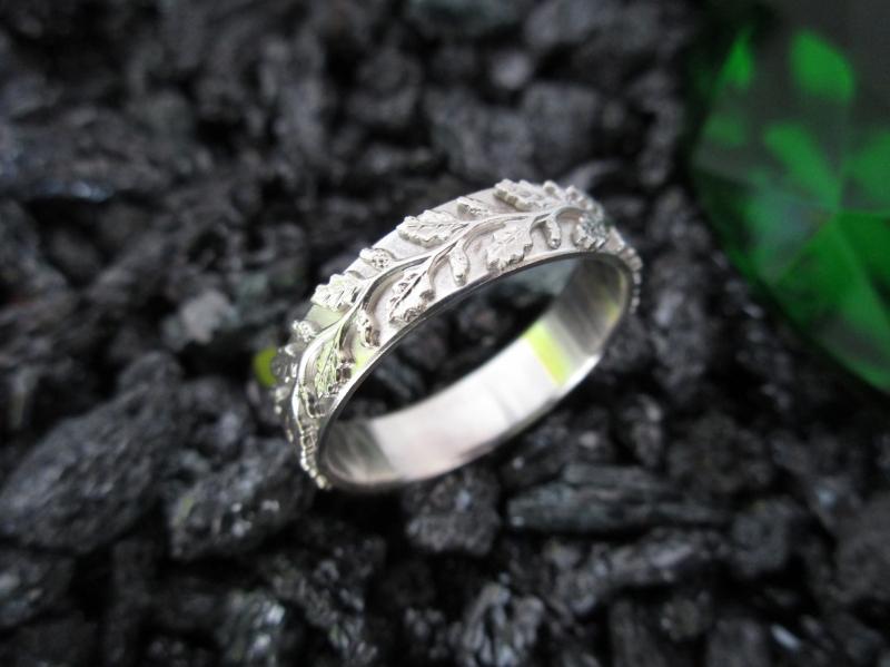 Kleinesbild - Silberring Diana profilierter Ring mit Blätterreigen