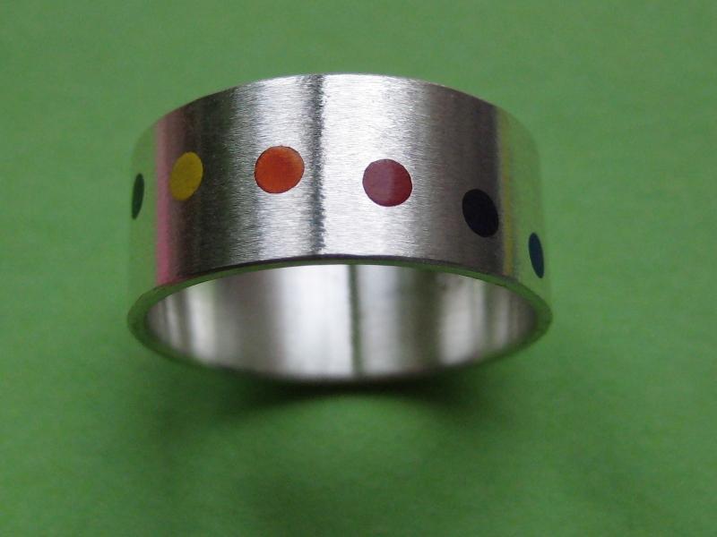 Kleinesbild - Silberring Auf den Punkt No.3 in Regenbogenfarben