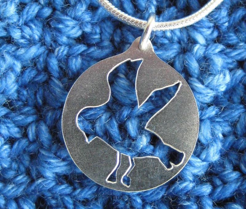 - -Möwengruß- Silberanhänger mit Kette - -Möwengruß- Silberanhänger mit Kette