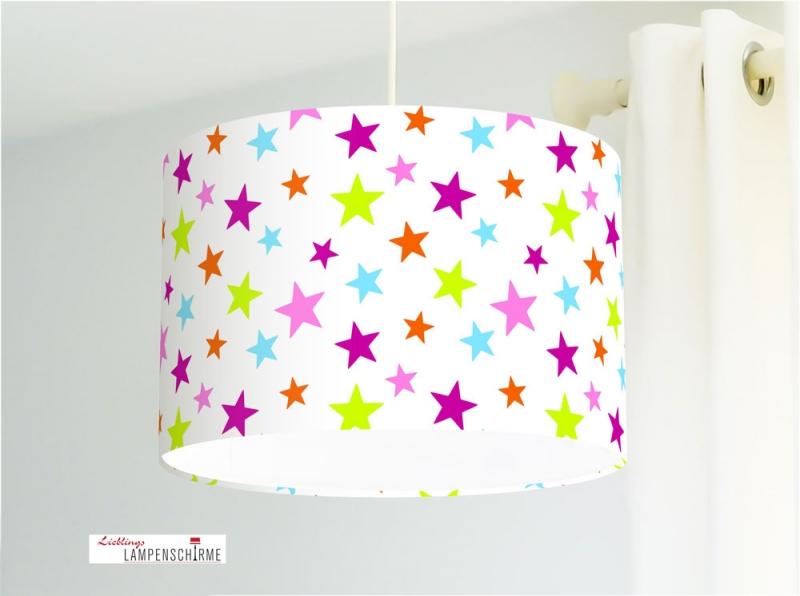 Lampe für Kinderzimmer und Mädchen mit bunten Sternen auf Weiß aus  Baumwollstoff - alle Farben möglich