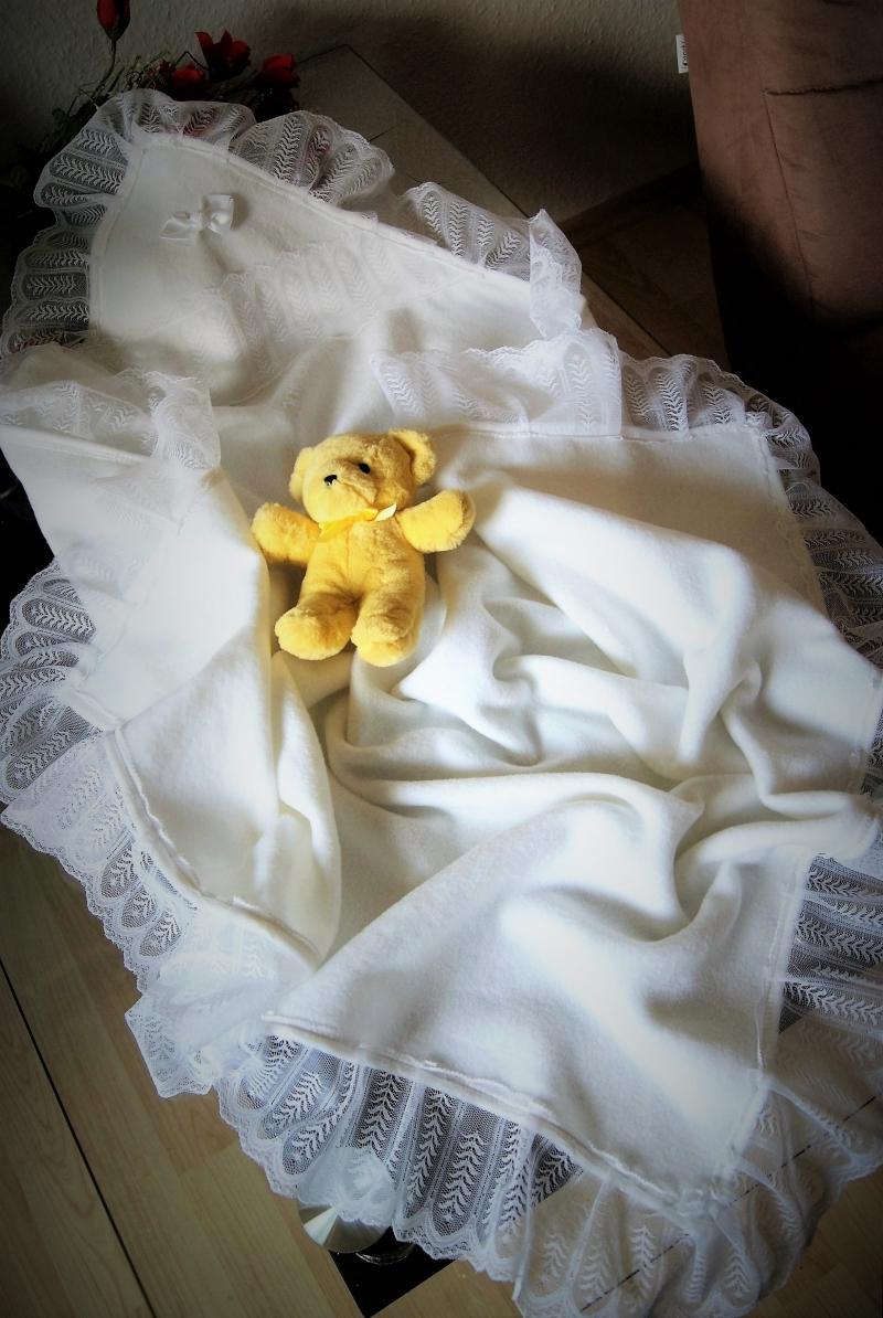 Kleinesbild - Taufdecke zu Taufkleid Baby, Kuscheldecke Taufe