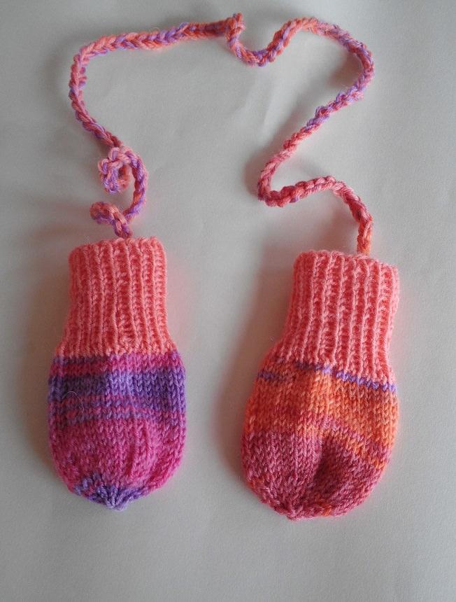 Kleinesbild -  Babyhandschuhe / handgestrickt /  0-3 Monate/ jetzt kaufen