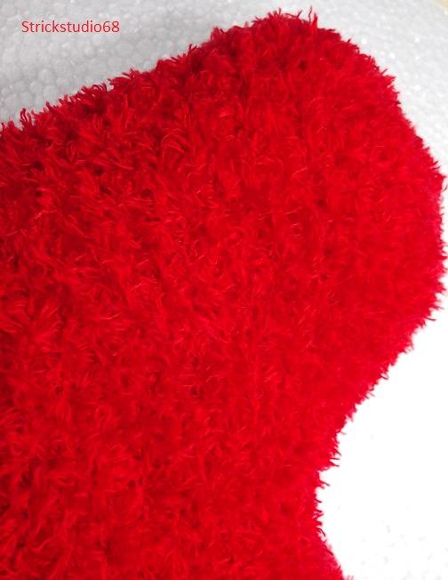 Kleinesbild - Herz-Kissen handgestrickt in rot, kuscheliges Garn für die liebe Mutti, für alle die man gern hat und zur Dekoration