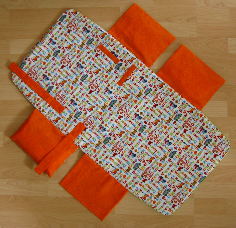 Kleinesbild - Wickel-mobil- My favorite Trucks / orange -mit Frottee-Liegefläche
