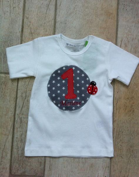 - handgefertigtes Geburtstagsshirt mit Zahl, Mariekäfer und Namen - handgefertigtes Geburtstagsshirt mit Zahl, Mariekäfer und Namen