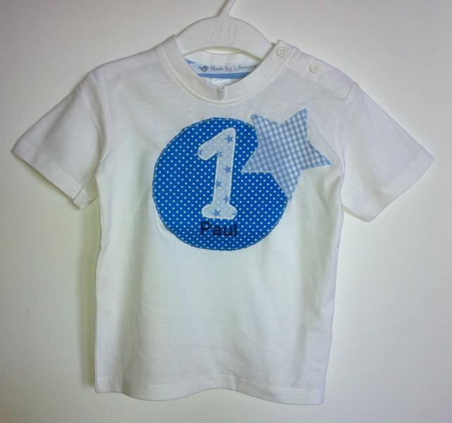 - handgefertigtes Geburtstagsshirt mit Zahl, Namen und Stern - handgefertigtes Geburtstagsshirt mit Zahl, Namen und Stern